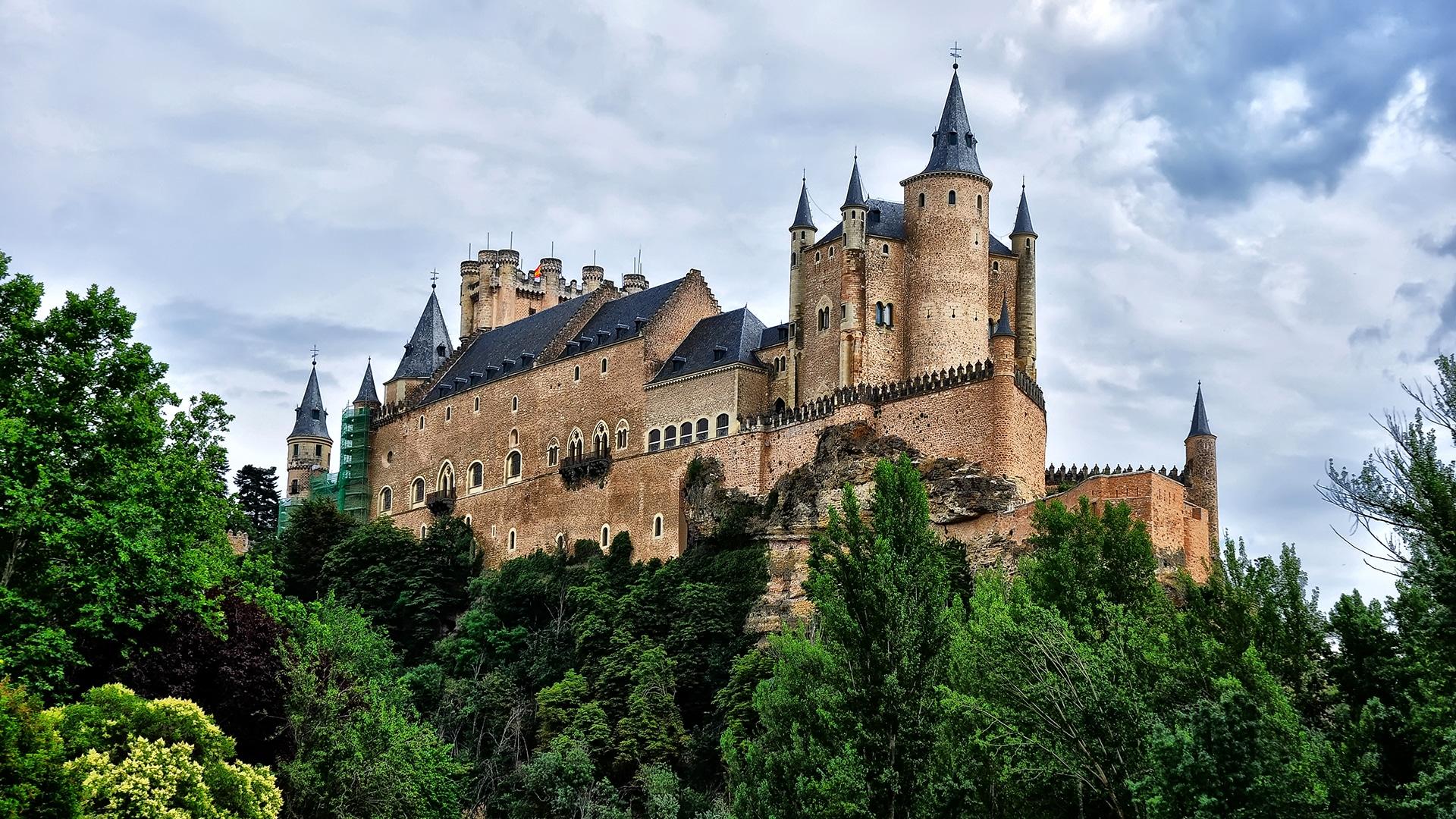Castles_SpainInside_AlcazarSegovia