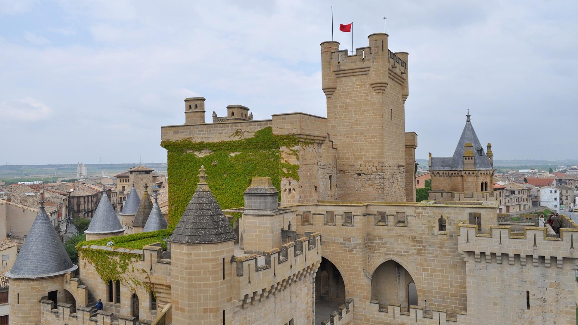 Castles_SpainInside_Olite